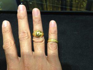 แหวนทองครึ่งสลึงโปร่งกับตัน